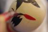 Πώς φτιάχνεται μια παραδοσιακή Γιαπωνέζικη κούκλα Kokeshi; (video)