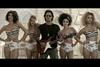 Εικόνες από τα γυρίσματα του νέου video clip του Διονύση Σχοινά (pics+vids)