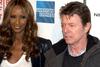 To μενταγιόν της Iman για τον David Bowie (pic)