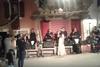 Η Μαρία Τζομπανάκη τραγουδά στο γάμο της παραδοσιακά τραγούδια της Κρήτης (vids)