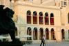 Πάτρα: Ένα τριήμερο γεμάτο... σκιές από σήμερα στο θέατρο «Απόλλων»