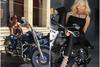 Η Σκλεναρίκοβα στην Harley του Πατρινού επιχειρηματία, Βασίλη Πράπα!