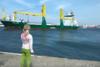 Κοριτσάκι έκανε πως κορνάρει στο πλοίο και τότε... (video)