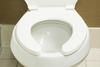 Εσείς ξέρετε γιατί το καπάκι στις δημόσιες τουαλέτες έχει κενό;