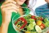 Συμβουλές διατροφής για να μην «πέφτετε» ψυχολογικά