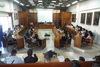 61 παιδιά από την Πάτρα, τραγούδησαν «Ακρογιαλιές δειλινά» στο Μουσείο Τσιτσάνη (pics)