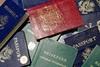 Γνωρίζετε γιατί τα διαβατήρια κυκλοφορούν σε τέσσερα χρώματα;