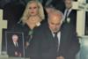 Ο Δημήτρης Μαυρόπουλος μας προσκαλεί σε μια ξεκαρδιστική 'κηδεία' στην Πάτρα!