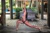 Η Χριστίνα Μπόμπα κάνει γιόγκα και αναστατώνει το Instagram!