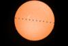 Πάτρα: Σπάνια καταγραφή του διεθνούς διαστημικού σταθμού μπροστά από τον ήλιο! (pics)