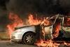 Αυτοκίνητο στην Πατρών - Κορίνθου έπιασε φωτιά εν κινήσει (video)
