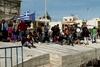 Συνεχίζονται τα επεισόδια μεταξύ προσφύγων και μεταναστών στη Χίο, με καβγάδες και πετροπόλεμο
