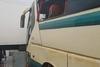 Μέσα στη λάσπη το λεωφορείο του ΚΤΕΛ Αχαΐας που παρασύρθηκε από τα νερά (pics)