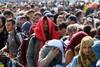 Σχεδόν 2.000 πρόσφυγες έφτασαν στο Αιγαίο