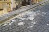 Πάτρα: Έπεσαν σοβάδες στη Ρήγα Φεραίου