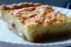 Ετοιμάστε σπιτική πίτα χωρίς φύλλο με πατάτα, λουκάνικο γαλοπούλας και τυρί