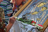 Κεφαλονιά: Εμφανίστηκαν και φέτος τα θαυματουργά φιδάκια της Παναγίας