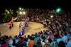 Πάτρα: Εντυπωσίασε η Κινέζικη αντιπροσωπεία το κοινό στο θέατρο Κρήνης (pics)