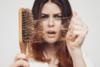 Γιατί πέφτουν τα μαλλιά μας το φθινόπωρο;