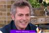 Μάριος Αθανασίου: «Η σύντροφός μου ελέγχει όλες τις σκηνές με τη Ματσούκα» (video)