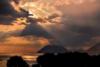 Εκεί που ο ήλιος πάει να 'σβήσει' στην Πάτρα (pics)