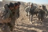 Σχεδόν 30.000 αφγανοί στρατιώτες και αστυνομικοί έχουν σκοτωθεί στο Αφγανιστάν