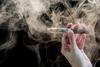 Έρευνα επιστημόνων από την Πάτρα - Οι Έλληνες καπνιστές έγιναν ατμιστές!