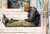 Πάτρα: Όλη η συνοικία της Αγίας Σοφίας στο... πόδι για τον άστεγο πρόσφυγα
