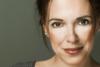 Eλένη Ράντου: «Η τοξικότητα και ο πανικός της σημερινής τηλεόρασης, δεν μου λείπουν»