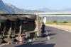 Δυτική Ελλάδα: Εκτροπή νταλίκας στην Ιόνια Οδό (video)