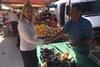 Ευσταθία Γιαννιά: 'Η πολιτική της άγριας λιτότητας της σημερινής κυβέρνησης επέφερε καίριο πλήγμα στις λαϊκές αγορές' (φωτο)