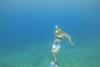 Μαγικό - Η Κατερίνα Σολδάτου χορεύει με τα 'πτερύγια' της κάτω από το βυθό (video)