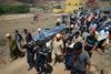 Μαρόκο: Κατέρρευσε γήπεδο από ορμητικά νερά (video)