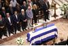 Πλήθος κόσμου είπε το τελευταίο αντίο στον Αντώνη Λιβάνη