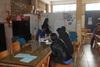 Πάτρα: Η Κίνηση ζητάει εθελοντές δασκάλους για το σχολείο προσφύγων