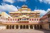 Η βασιλική οικογένεια του Τζαϊπούρ νοικιάζει μέσω Airbnb σουίτα του παλατιού της