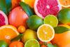 Tα εσπεριδοειδή αποτελούν πολύτιμες τροφές για την υγεία του παιδιού