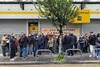 Πάτρα: Σε συγκέντρωση προχώρησαν οι εργαζόμενοι της τράπεζας Πειραιώς