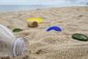 Γεμάτες σκουπίδια οι παραλίες του Κορινθιακού - Σε Ψαθόπυργο και Ναύπακτο τα περισσότερα
