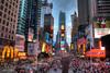 Ρομπότ δίνει πληροφορίες για τον κορωνοϊό στην Times Square της Νέας Υόρκης