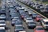 Αυξάνεται ο αριθμός των ανασφάλιστων οχημάτων