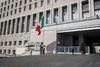 Μεσίστιες σημαίες και ενός λεπτού σιγή στην Ιταλία