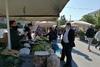 Ο Κώστας Πελετίδης επισκέφθηκε τις λαϊκές αγορές της Πάτρας (φωτο)