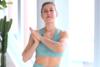 Βελτιώστε την ευλυγισία σας με stretching (video)