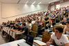 Οι φοιτητές δεν γυρίζουν για φέτος στην Πάτρα - Το πλήγμα μένει στην αγορά
