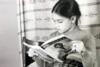 Αναγνωρίζετε ποια ηθοποιός είναι το κοριτσάκι της φωτογραφίας;