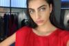Ειρήνη Καζαριάν: Πόζες με χρυσό αποκαλυπτικό μπικίνι