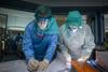 Έρευνα για την προέλευση του κορωνοϊού: Ομάδα του ΠΟΥ συνομίλησε με επιστήμονες της Ουχάν