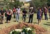 Με μπαγλαμαδάκι το τελευταίο αντίο στον Αγάθωνα Ιακωβίδη (video)