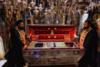 Κέρκυρα: Μέσα στο ναό η λιτάνευση του Ιερού Σκηνώματος του Αγ. Σπυρίδωνα